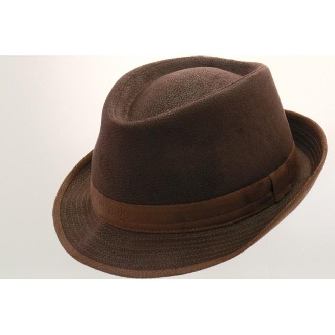 Chapeau petit bord